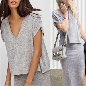 Aritzia Wilfred Free Brosh Tee V Neck T Shirt Grey